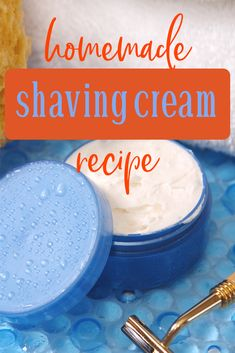 Did you know that store bought shaving creams have a bunch of toxins? Learn how to make this homemade shaving cream recipe that has zero toxins. Homemade Shaving Cream, Best Shaving Cream, Soap Recipes, Cream Recipes, Liquid Castile Soap, Glycerin Soap, Shaving Lotion, Green Living Tips, Lotion Bars