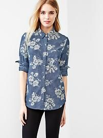Fitted boyfriend floral chambray shirt