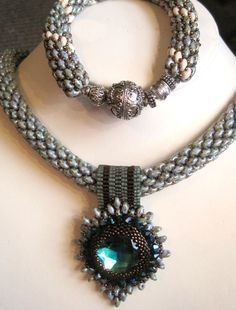 Super Duo Necklace and Bracelet Set by Sharon A. Kyser