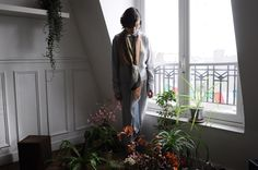 Luna Maria Cedron with Cailloux scarf, photography by MAxime Ballesteros