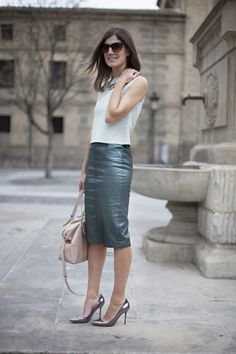 Con mucha estructura. Pencil skirt. Street style outfits. Looks de street style. Fashion Blogger.