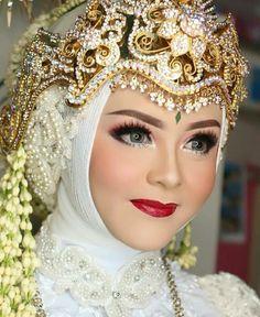 Bridal Hijab, Wedding Hijab, Wedding Dresses, Wedding Looks, Wedding Make Up, Dream Wedding, Make Up Pengantin, Mode Hijab, Bridal Makeup