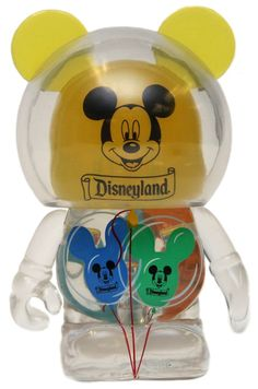 DL PASSHOLDER VINYLMATION I so wasn't ready for this one.