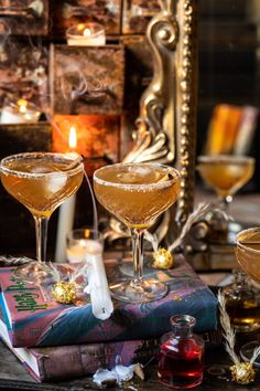 "October Saturday nights require all the ""spooky"" Halloween drinks 👻 enter ""the Golden Snitch cocktail"". It's inspired by Harry Potter, but… Whisky Cocktail, Cocktail Drinks, Cocktail Recipes, Alcoholic Drinks, Drinks Alcohol, Drink Recipes, Alcohol Recipes, Party Recipes, Fall Recipes"