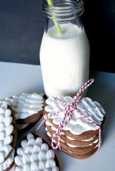 Ooh La Lovely Blog: Christmas Cookie Series: Pinecone Sugar Cookies