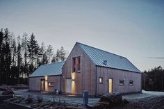 Summer Cabins, Barn House Plans, Modern Barn, Home Additions, Scandinavian Home, House Goals, My House, Building A House, New Homes