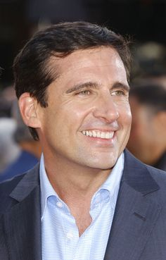 Steve Carrell of the Office has a really nice smile!