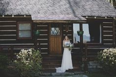 Elegant spring wedding dress bride with lavender florals. Rustic charm cabin wedding.  Intimate Montana Wedding.  Stunning wedding photos taken at Flathead Lake Lodge, in Bigfork, Montana | Photo: Jennifer Mooney Photography | Elegant Vintage Wedding | — Wedding, rocky mountains, dreamy romantic elegant story, vintage, styled shoot, vintage elegant wedding style, epic engagement, epic wedding, wedding photography,