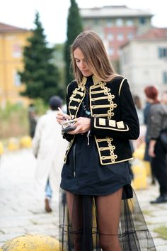 """chicblanccouture: """"MFW http://chicblanccouture.tumblr.com/ """" MORE FASHION AND STREET STYLE"""
