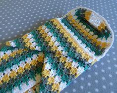 Crochet Baby Blanket Pattern: Baby Snuggle Blanket by Speckless