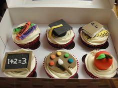 Thank You Teacher Cupcakes Teacher Cupcakes, School Cupcakes, School Cake, School Treats, Fondant Cupcakes, Baking Cupcakes, Fun Cupcakes, Cupcake Cakes, Cupcake Ideas