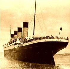 The Titanic Ship HMS Titanic c.1911   https://img0.etsystatic.com/102/0/7724935/il_fullxfull.840238172_1l6s.jpg