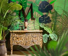 Deco style neo tropical commode leopard Moissonnier