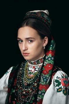 Folk Fashion, Ethnic Fashion, Vintage Fashion, Womens Fashion, Muslim Fashion, Polish Embroidery, Russian Embroidery, Ethno Style, Bohemian Blouses