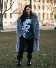 #pfw #paris #furcoat #fur #coat #real #realfur #fashion #style #outfit #foxfur #fox #jacket #streetstyle #outfit #haute #elegant #classy #fashionweek #couture #hautecouture #expensive #chic #trend