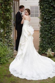 WEDDING | 新宿でウェディングドレスをレンタルするならブライダルサロンHANA