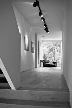 63 best ideas for modern stairs lighting interiors Stair Lighting, Hallway Lighting, Cool Lighting, Interior Lighting, Lighting Design, Kitchen Lighting, Modern Hallway, Modern Stairs, Casa Park
