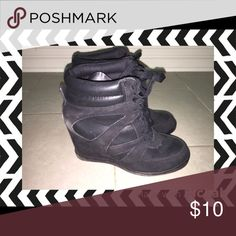 Black wedge sneakers Sz 10 in good condition Shoes Sneakers
