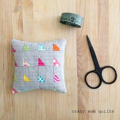 one a day pincushion challenge | crazy mom quilts | Bloglovin'