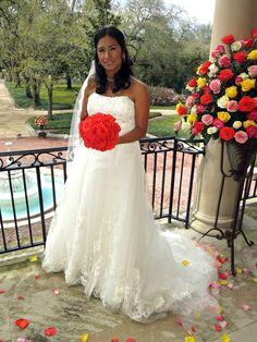 "Marcela's ""Peruvian Party"" wedding #FourWeddings #BrideDay #Weddings Party Wedding, Champagne, Weddings, Wedding Dresses, Lace, Fashion, Bride Dresses, Moda, Bridal Gowns"