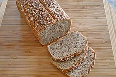 Amaranth-Hirse-Dinkel-Brot 1