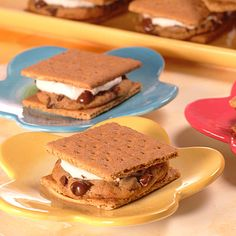 ® TOLL HOUSE® Cookie S'mores | Meals.com - NESTLÉ® TOLL HOUSE ...
