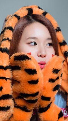 Nayeon, Kpop Girl Groups, Korean Girl Groups, Kpop Girls, Infp, Rapper, Twice Group, Twice Album, Twice Once
