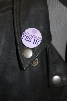 No homo Yes Bi, bisexual pride, LGBT pride 32mm pin back badge