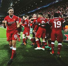 Liverpool Players, Fc Liverpool, Liverpool Football Club, Alexander Arnold, Best Club, Christmas Sweaters, Champion, Sports, Soccer