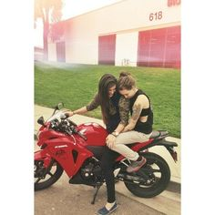 Lesbian couple they are so cute Lesbian couples ❤ liked on Polyvore featuring couples and lesbian