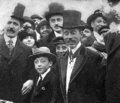 Santos Dumont - Condecorado com a medalha Legião de Honra - Paris
