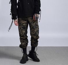 best casual wear for men New Mens Fashion Trends, Best Mens Fashion, Mens Fashion Shoes, Hipster Outfits, Hipster Fashion, Urban Fashion, Fashion 101, Fashion Edgy, Stylish Outfits