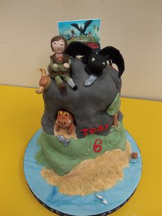 My sons 6th Birthday cake - his design (he said it was simple! ha!) #birthdaycake  #dragon