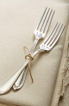 'I Do, Me Too' Vintage Wedding Forks http://rstyle.me/n/eyf7tr9te