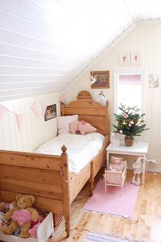 Bed ♡ For a little girl ♡