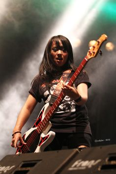 @chua_kotak the #femalebassist