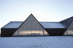 Nested in an undulating moraine landscape just a few kilometres south of the Danish town of Odder, LUMO Architects have designed a structure that can accommo...