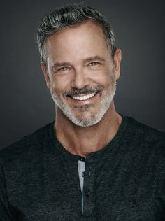 About — TOM ERNSTING Older Mens Hairstyles, Haircuts For Men, Silver Foxes Men, Handsome Older Men, Grey Hair Men, Greg Vaughan, Salt And Pepper Hair, Beard Styles, Male Beauty