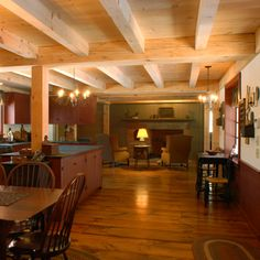 Kitchen with Wide Pine Flooring, Wallboards and Timber Framed Ceiling Primitive Living Room, Primitive Kitchen, Primitive Homes, Primitive Furniture, Primitive Decor, New England Style, New England Homes, New Homes, New England Farmhouse