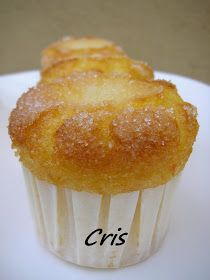 Las comiditas de Cris: Magdalenas de naranja (thermomix) Bakery Recipes, Kitchen Recipes, Cupcake Recipes, Cupcake Cakes, Dessert Recipes, Cooking Recipes, Muffins, Coke Cake, Thermomix Desserts