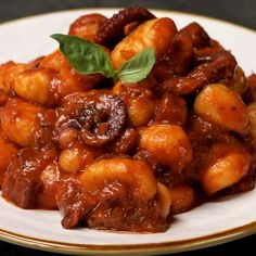 """This is """"Gnocchi al ragù di polpo"""" by Al.ta Cucina on Vimeo, the home for high quality videos and the people who love them. Gnocchi Pesto, Food Design, Dinner Party Recipes, Comfort Food, Spaghetti Recipes, Italian Dishes, International Recipes, Seafood Recipes, Food Dishes"""