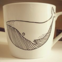 Whale mug - customised gift from Woodland Factory - facebook.com/woodlandfactory Cute tea cup coffe cup dish pottery ceramics hand illustrated handmade illustration drawing cartoon fish mammal water ocean sea nature wild Cute Tea Cups, Whale Illustration, Nautical Pattern, Cartoon Fish, Yarn Bowl, Illuminated Letters, Pottery Mugs, Tampons, Mug Shots