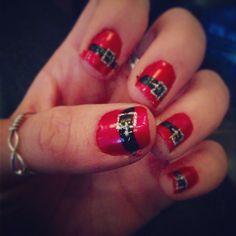 I'm ready for Santa!! #hohoho #santasbelt #nailart