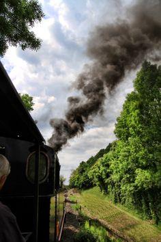 Martel et son train a vapeur... Photo © Laurent Delfraissy