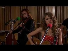 "Taylor Swift covers ""White Blank Page"" by Mumford & Sons"