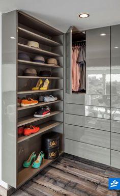 Superieur Contemporary Closet With Hardwood Floors, Built In Bookshelf, High Ceiling, Custom  Closet High Gloss Grey