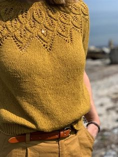 Ravelry: Sommer Ella Solo pattern by Lene Holme Samsøe Baby Knitting Patterns, Knitting Stitches, Lace Knitting, Knit Or Crochet, Drops Alpaca, Drops Baby, Jumper Outfit, Summer Knitting, Work Tops