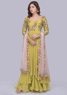 New Dress Design Indian, Long Dress Design, Indian Fashion Trends, Indian Fashion Dresses, Trendy Dresses, Elegant Dresses, Long Dresses, Diwali Outfits, Frock Patterns
