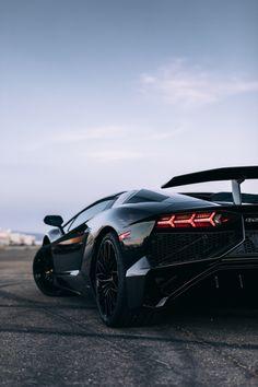 The Lamborghini Huracan was debuted at the 2014 Geneva Motor Show and went into production in the same year. The car Lamborghini's replacement to the Gallardo. Ferrari, Lamborghini Aventador, Maserati, Bugatti, Exotic Sports Cars, Cool Sports Cars, Exotic Cars, Moto Design, Sports Car Wallpaper