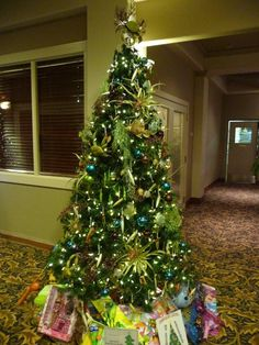 """FESTIVAL OF TREES - 2010 """"Ultimate Fishing town"""" Tree...RE/MAX gives back to Children's Hospital!"""